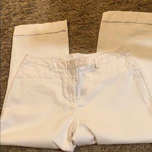 White ladies capri pants
